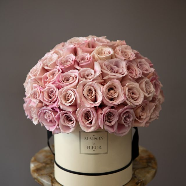 Gentle Soul - Classic white round box with 50 beautiful pink roses